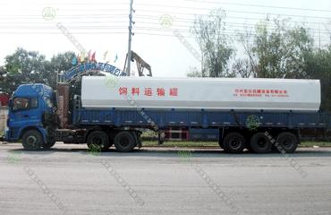 30吨必威体育app官方下载必威体育精装版运输车(内蒙古客户)